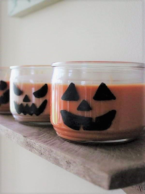 Jack O'Lantern Jar Candles | Easy Halloween party decor ideas | Stowandtellu.com