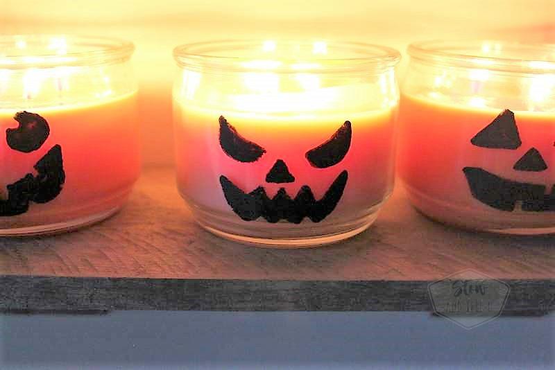 Pumpkin jar candle jack-o-lanterns | Fall and Halloween simple decor | stowandtellu.com