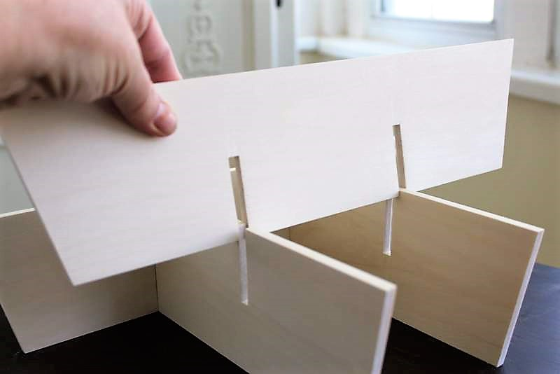 Notching Wood Slats for DIY Wood Basket Dividers