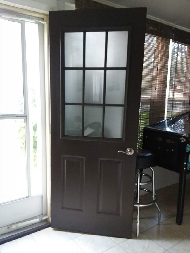 10 Tips to Painting Grid Doors and Frosting the Glass Windows