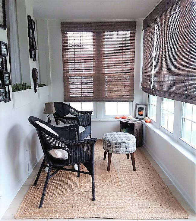 Small Sun Porch Sitting Area Makeover Reveal | stowandtellu.com