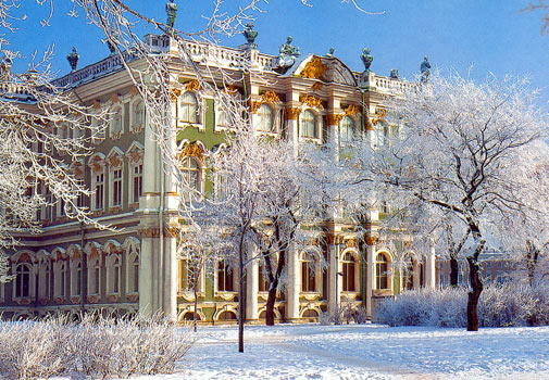 https://i1.wp.com/stpetersburg-guide.com/images/pics/winterpalace.jpg