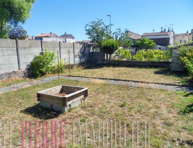 maison ville niort garage jardin