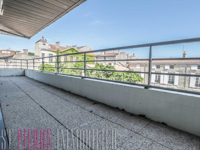 residence monte bello niort appartement grande terrasse parking