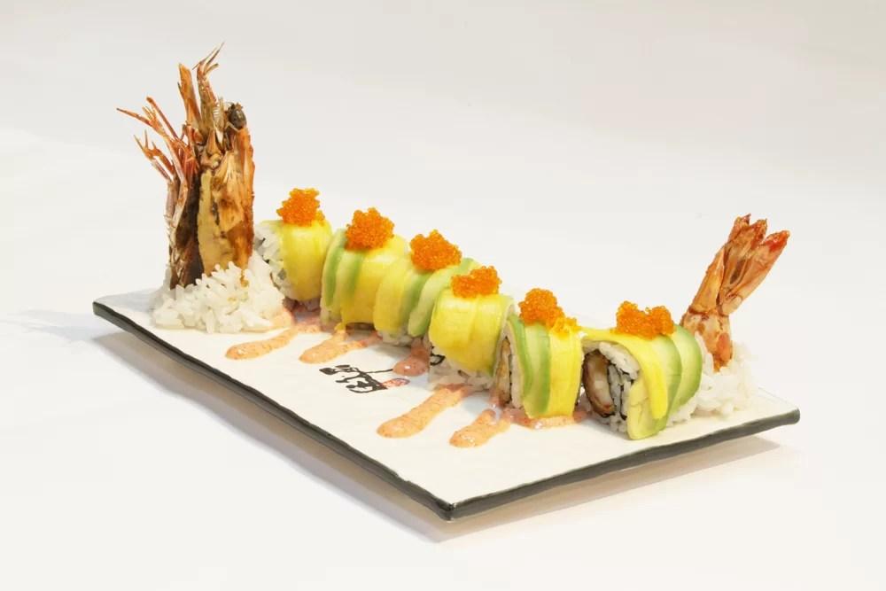 kinsa-sushi_dragonroll_straatosphere