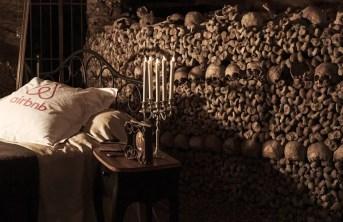 airbnb-halloween-catacombs-paris-5