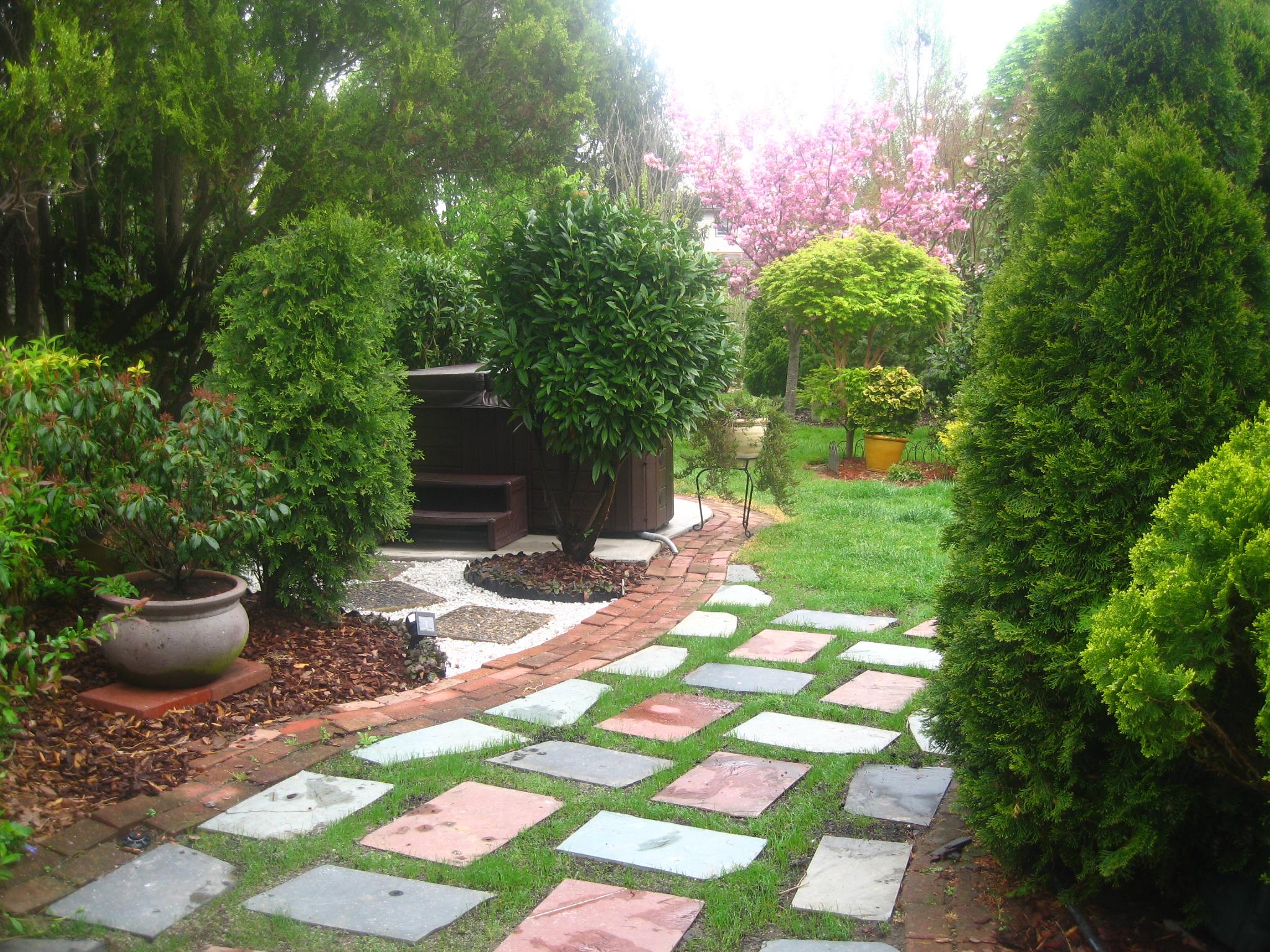 great backyards | straightdopeness on Nice Backyard Landscaping Ideas id=92277