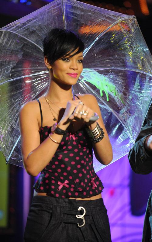 Rihanna Back Chris His Brown