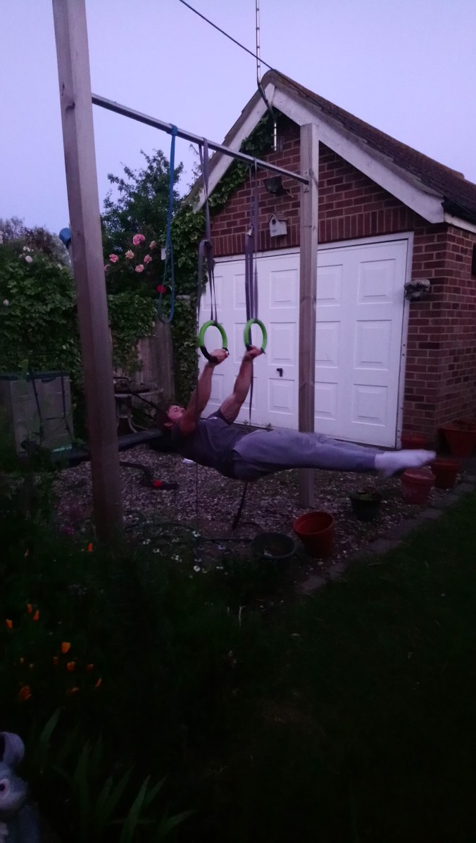 Front lever on plastic rings