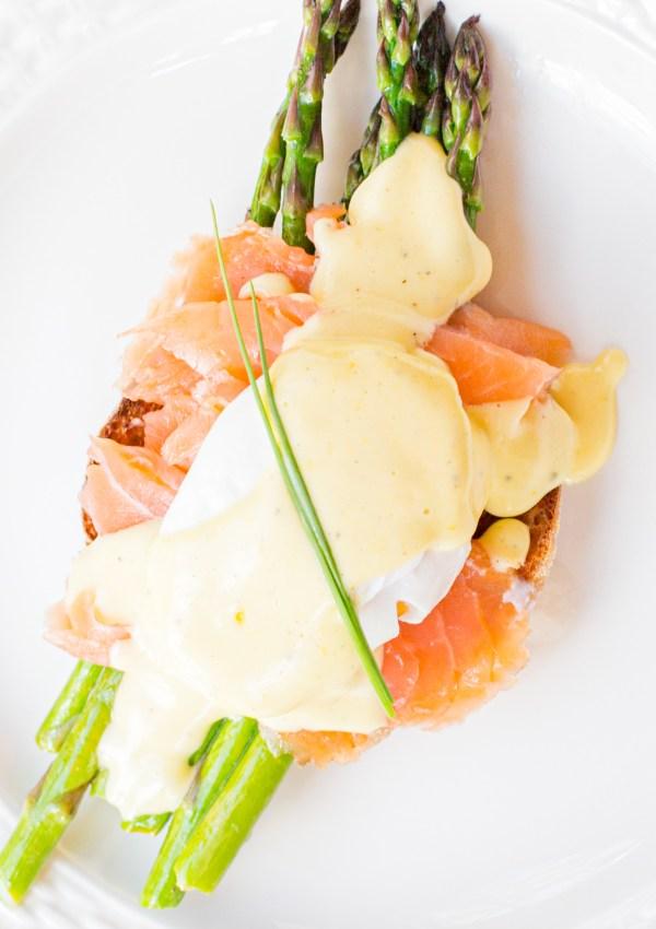 Smoked Salmon & Asparagus Eggs Benedict
