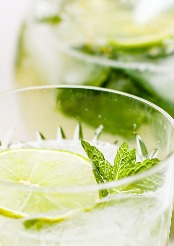 Refreshing Vodka Mojitos