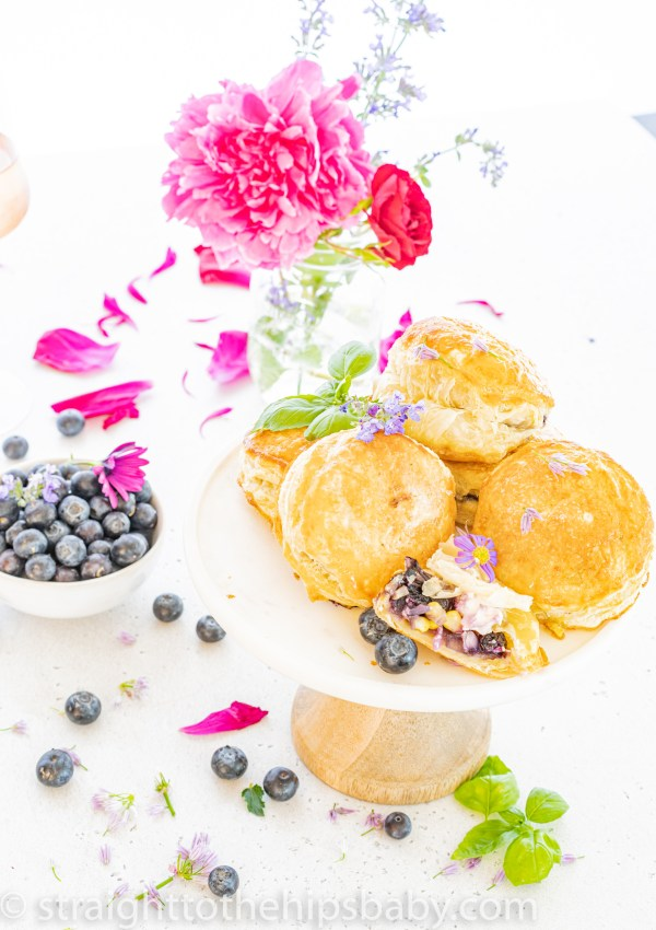Easy Blueberry & Goat Cheese Puff Pastry Bites