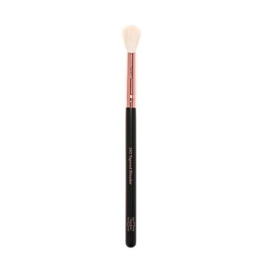 fuschia tapered blender brush 202