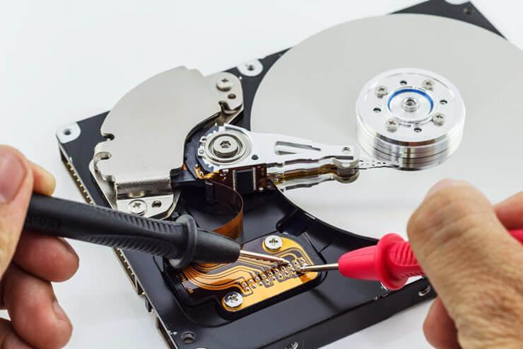 Неліктен компьютер қатты дискіні көрмейді