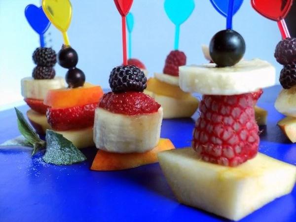 Как подать фрукты и ягоды красиво на праздничный стол ...