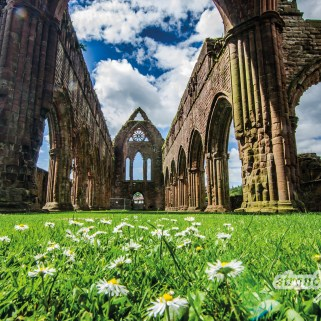 Oktober – Sweetheart Abbey