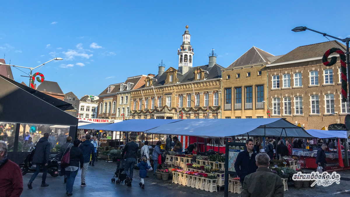 171104 Roermond 008 - Wohnmobilstellplatz & Shoppen in Roermond