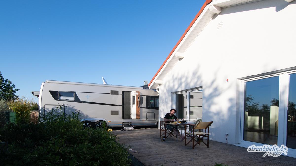 180505 StranddekoCastle Welcome 023 - Umzug mit Wohnmobil - die Marilyn bekommt ihr eigenes Duschhaus