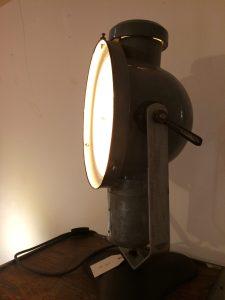 Emaillelampe mit Tischfuß