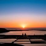 Die Salinas de Janubio bei Sonnenuntergang