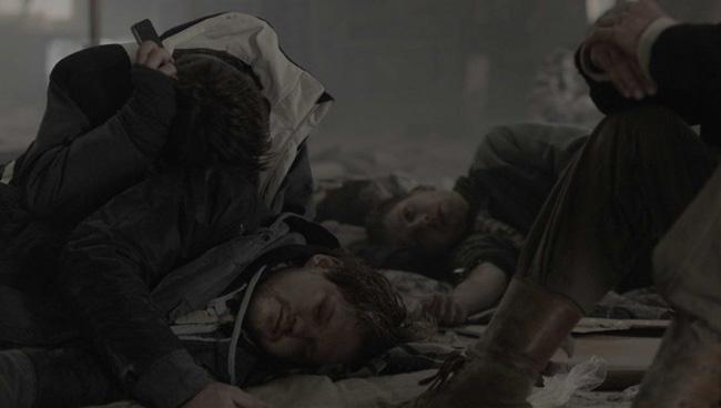 Кадр из фильма «Под электрическими облаками»