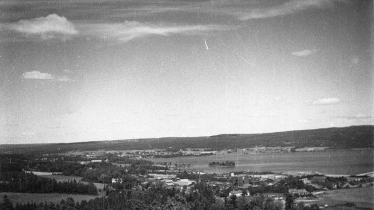 """Φωτογραφία του 1946, στην οποία φαίνεται μία """"βολίδα-φάντασμα"""""""