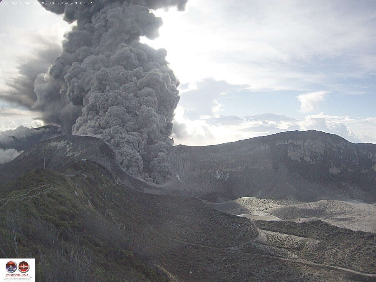 Strong Turrialba Volcano Eruptions Close Two Airports In