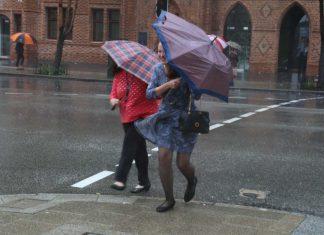 perth record rain, perth 4 months of rain in 24 hours, record rain perth australia january 2018