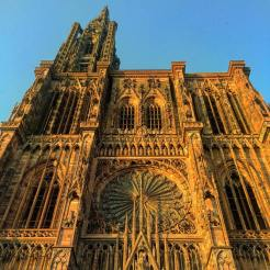 food-tours-strasbourg-cathedral-square