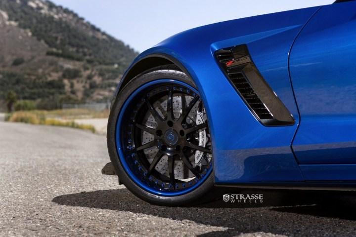 chevy-corvette-zo6-3