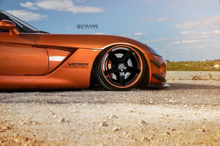 Strasse Wheels Dodge Viper S5 5