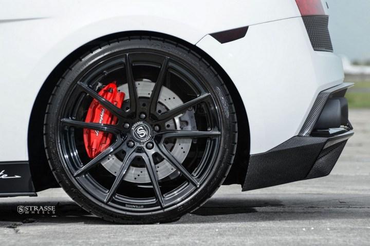 Strasse Wheels Lamborghini Performante 13