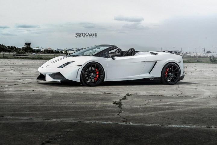 Strasse Wheels Lamborghini Performante 6