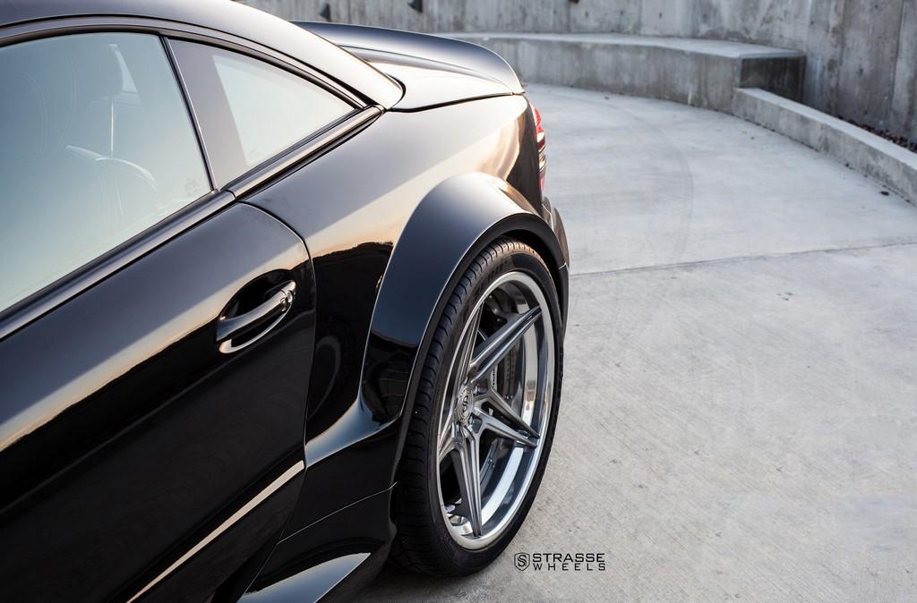 sl65-black-2048-142