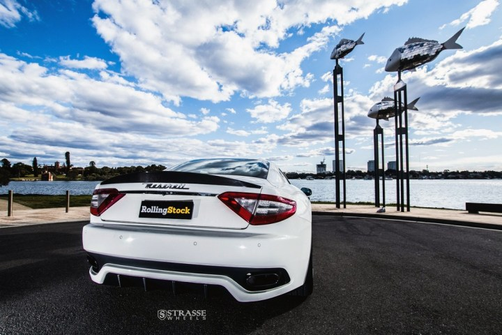 Maserati GTs Rolling Stock 11