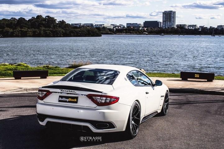 Maserati GTs Rolling Stock 7