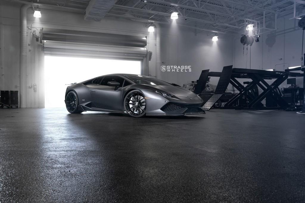 "Matte Black Lamborghini Huracan LP610-4 - 20"" SV1 Deep Concave Monoblock Wheels - Strasse Wheels 15"