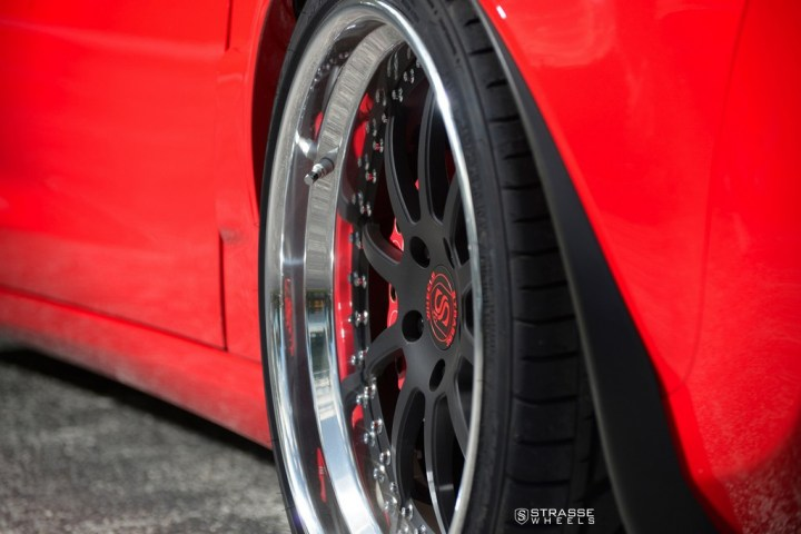 Strasse Wheels Red C6 Z06 R10 15