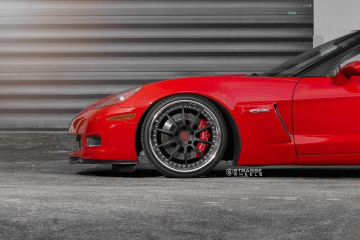 Strasse Wheels Red C6 Z06 R10 8