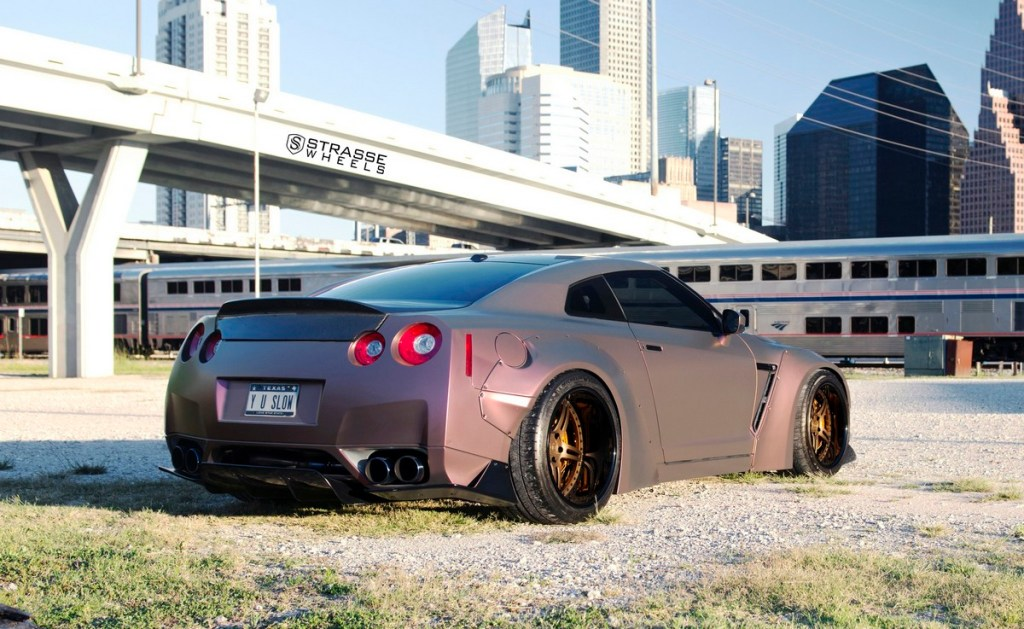 Strasse Wheels - Liberty Walk Wide Body Nissan GT-R - SP5R Signature Series 6