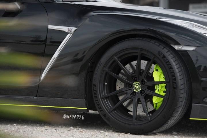 Nissan GT-R - SV1 Deep Concave Monoblock - Satin Black 11