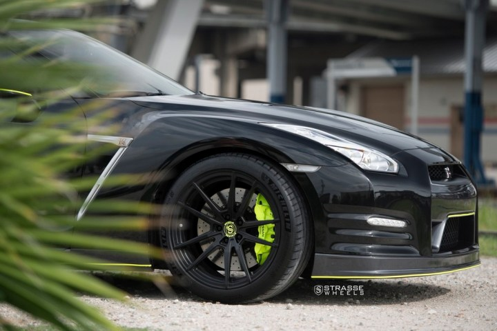 Nissan GT-R - SV1 Deep Concave Monoblock - Satin Black 6