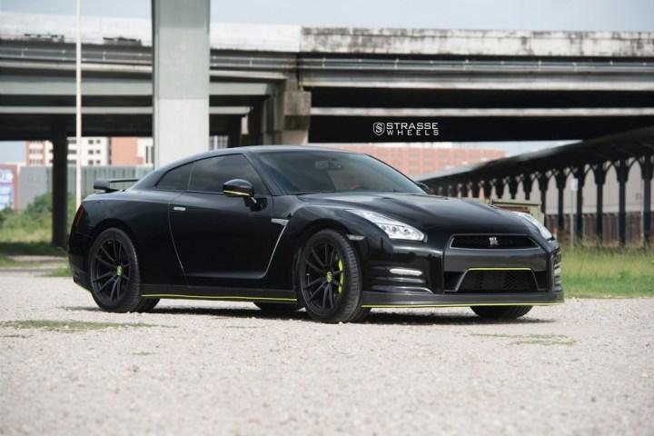 Nissan GT-R - SV1 Deep Concave Monoblock - Satin Black 7
