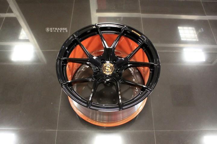 SM5R Deep Concave Monoblock - Gloss Black & Arancio Borealis Barrel 10