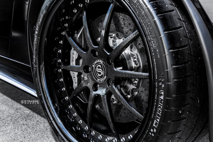 Chevrolet Corvette C6 ZR1 - 19:20 R10 Signature - Carbon - Black 8