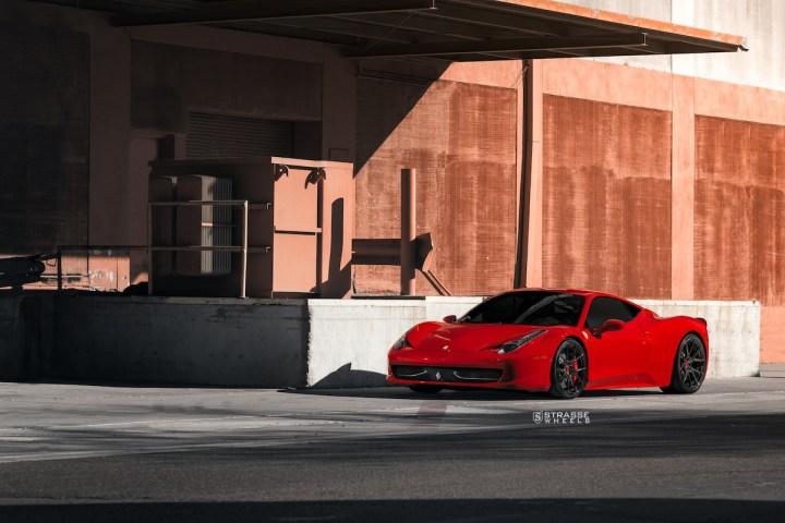 Ferrari 458 Italia - 20:21 SM5R Deep Concave Monoblock - Gloss Black - Vivid Racing 1