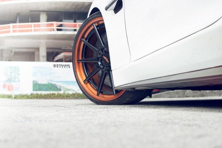 Aston Martn V9