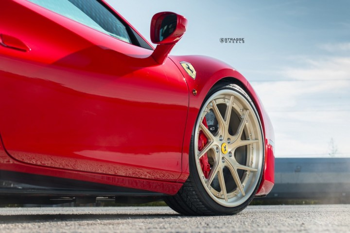 Ferrari-488-11 2