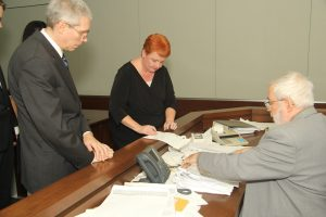 Divorce Attorneys in Court with Judge