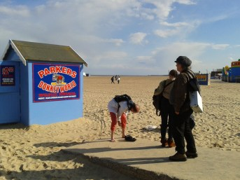 Quest to Discover Thomas Nashe's Lost Play (The Isle of Dogs) in Great Yarmouth, via the Medium of Three-Sided Football